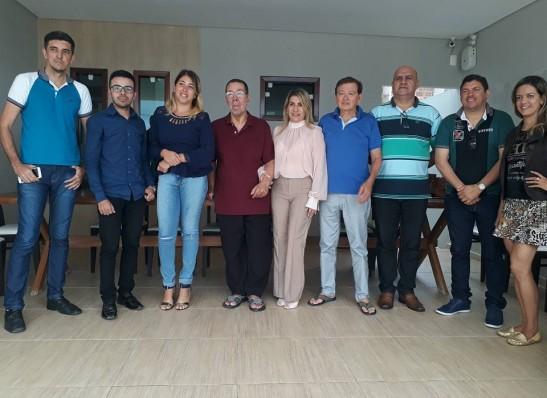 timthumb-31 Grupo João Henrique reúne equipe em Monteiro
