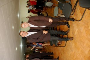 041ed477-3ebb-470b-8fb2-7bc2c8c21c8f-300x199 Delegada da Mulher e outras autoridades recebem título de cidadania monteirense. Confira as Imagens