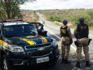 17694336280003622710000-300x225 Quatro mortes em três dias: PRF alerta para cuidados ao atravessar rodovias