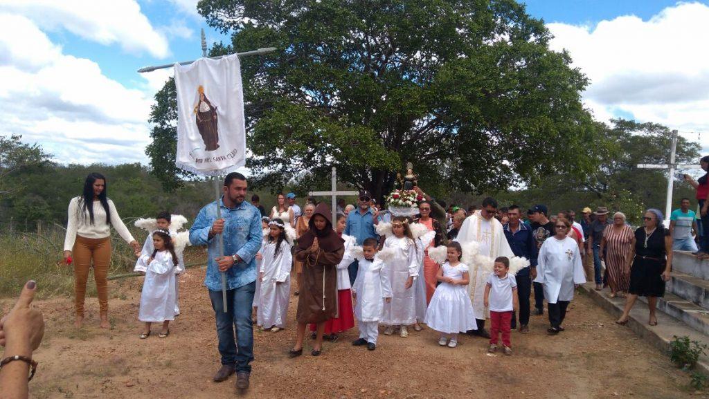 Festa-de-Santa-Clara-é-realizada-em-Zabelê-1-1024x577 Festa de Santa Clara é realizada em Zabelê