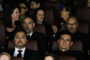 Pré-estreia-de-filme-da-Lava-Jato-tem-tapete-vermelho-para-Moro-300x200 Pré-estreia de filme da Lava Jato tem tapete vermelho para Moro