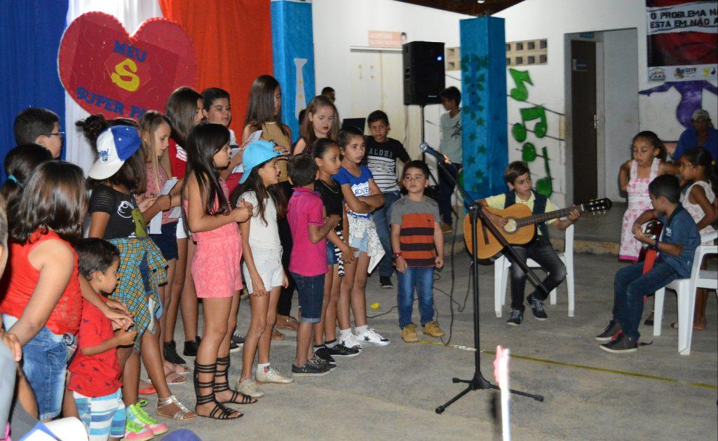SCFV-de-Zabelê-promove-festa-em-homenagem-aos-Pais-5-1024x630 SCFV de Zabelê promove festa em homenagem aos Pais