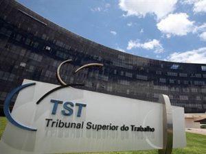 concursi-tst-300x225 TST abre inscrições de concurso com 52 vagas e remunerações de até R$ 10,4 mil
