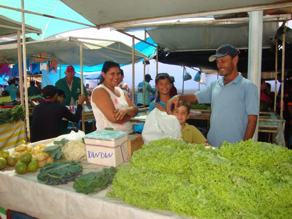 feirra-livre-monteiro-04-1024x768 A feira livre da cidade de Monteiro