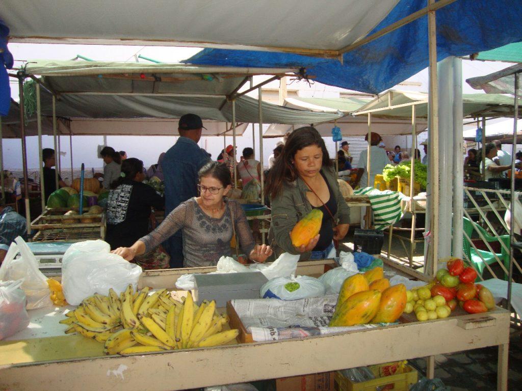 feirra-livre-monteiro-07-1024x768 A feira livre da cidade de Monteiro