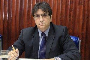 jandui-300x200-300x200 Janduhy critica Governo do Estado pela falta de repasses para Saúde de Monteiro