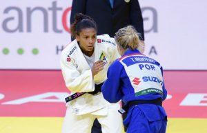 rafaela-2-1-300x193 Rafaela Silva perde na estreia para portuguesa que foi bronze na Rio 2016