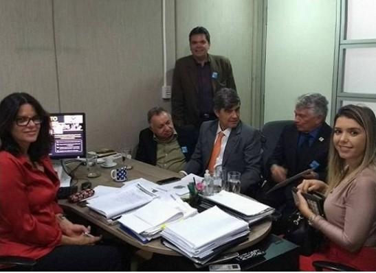 timthumb-9 EM BRASÍLIA: Prefeita de Monteiro cumpre agenda ao lado do deputado Wellington Roberto