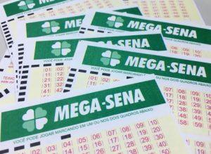201709130728410000006489-300x219 Mega-Sena pode pagar R$ 5,5 milhões nesta quarta