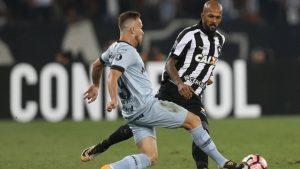 botafogo-bruno-silva-300x169 Após 0 a 0 com o Grêmio, Jair vê Botafogo vivo na Libertadores: 'Não duvidem'