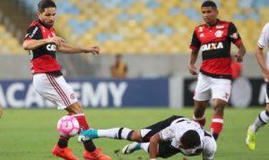 20171028203348_788-300x179 Flamengo empata com Vasco pelo Campeonato Brasileiro