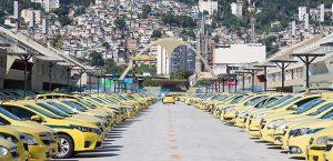 Entrada-do-Uber-não-afetou-renda-dos-taxistas-mostra-levantamento-300x145 Entrada do Uber não afetou renda dos taxistas, mostra levantamento