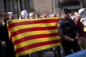 Espanha-decide-iniciar-processo-para-revogar-autonomia-catalã-300x200 Espanha decide iniciar processo para revogar autonomia catalã