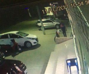 FURTO-DE-MOTO-EM-mONTEIRO-300x251 Moto é roubada em frente a uma churrascariaem Monteiro