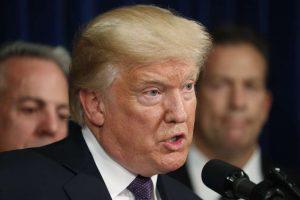 """TRUMP-300x200 """"Dossiê Trump"""" sobre ligação com Rússia agora é parte de investigação de conselheiro especial, dizem fontes"""