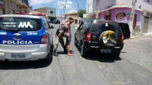 carro-roubado-em-monteiro-300x168 Veículo roubado em Monteiro é recuperado em Sertânia-PE