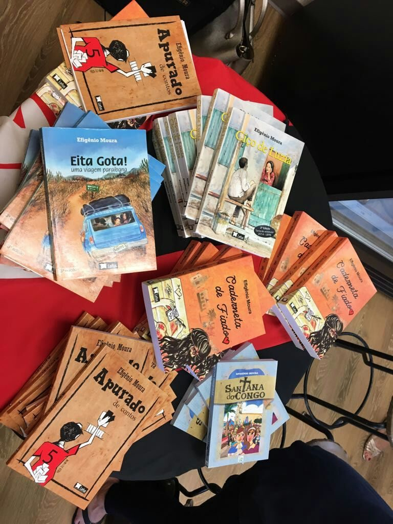 livrosa-768x1024 Escritor Monteirense valoriza elementos nordestinos e realiza palestras em escolas para despertar a leitura