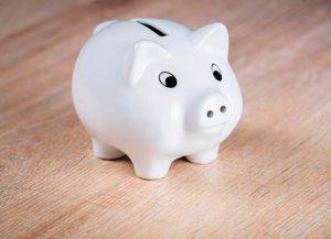 porquinho-1-567x410-1-300x217 Dicas de como guardar dinheiro (mesmo ganhando pouco)!