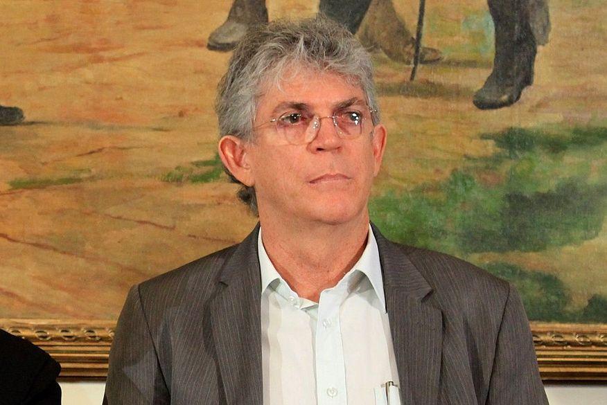 rc_walla_santos-300x200 Governador critica oposição e diz que não conseguirão privatizar água em Campina Grande