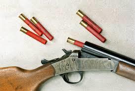 410-calibre Homem é preso em flagrante com espingarda calibre 36em Monteiro