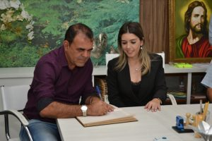 DSC_1050-300x200 Prefeita Anna Lorena transmite cargo ao vice-prefeito Celecileno Alves