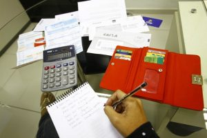 Inadimplencia__kleide_Teixeira-768x512-300x200 Mutirão de renegociação de dívidas começa na próxima semana em João Pessoa