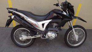 bros-160-roubada-monteiro-300x169 Homem tem moto tomada por assalto por Elementos armados na BR-110 em Monteiro