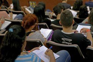 enen-300x200 Provas do Enem serão aplicadas neste domingo para mais de 189 mil estudantes paraibanos