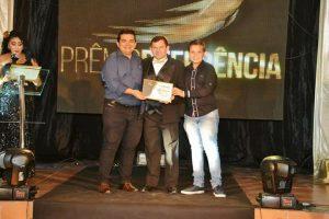 24909536_371523709967860_6566838321887677872_n-300x200 Bom Demais recebe Prêmio Referência do Cariri de melhor supermercado de Monteiro
