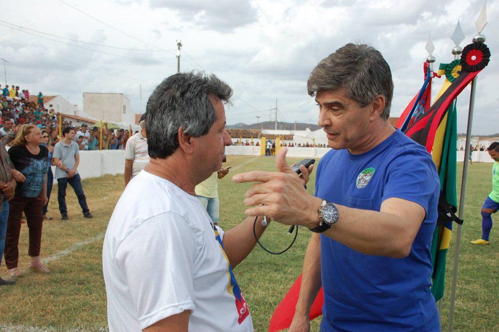 25398446_1994225567517299_3484771611335324452_o-1024x681 Com Feitosão lotado, Sítio do Meio é campeão da Copa Dr. Chico de Futebol Amador