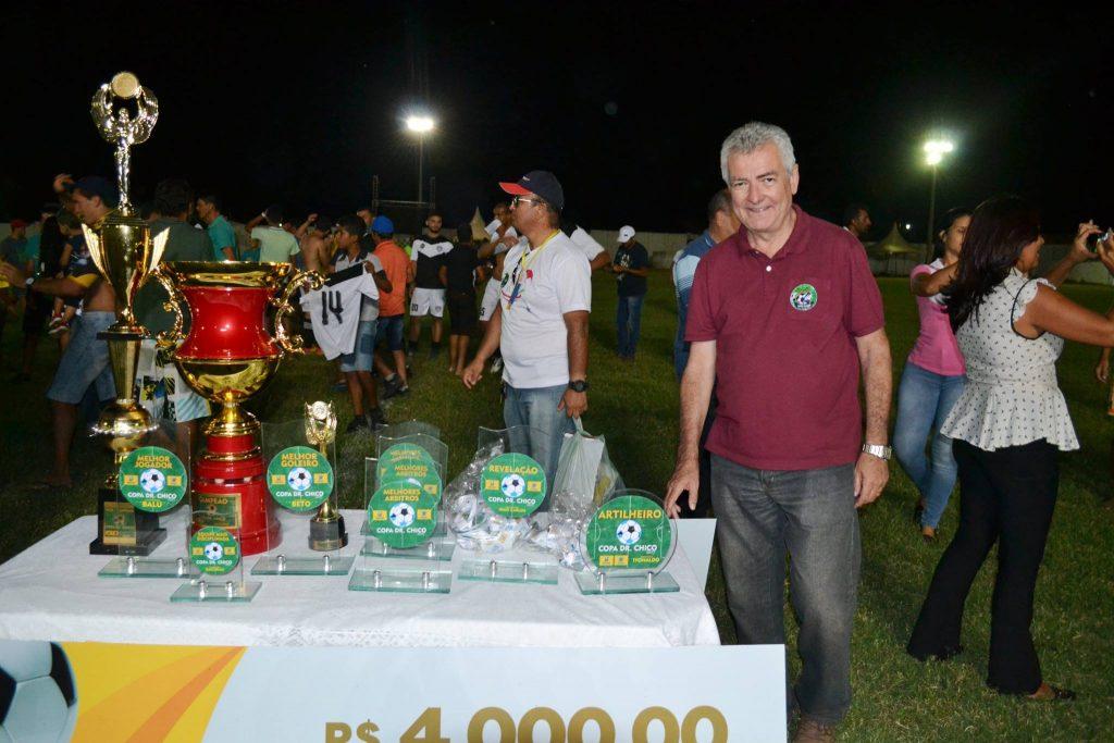25438831_1994220427517813_4806065322968067428_o-1024x683 Com Feitosão lotado, Sítio do Meio é campeão da Copa Dr. Chico de Futebol Amador