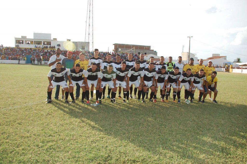 25439900_1994234704183052_1308982022359128488_o-1024x681 Com Feitosão lotado, Sítio do Meio é campeão da Copa Dr. Chico de Futebol Amador