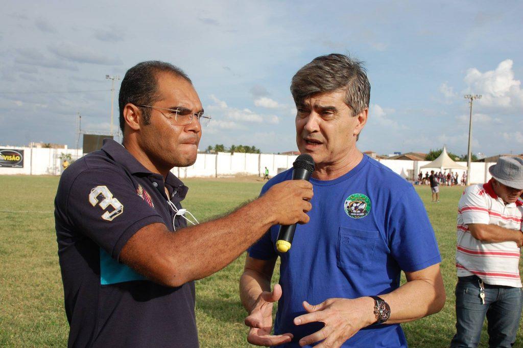 25487348_1994229220850267_5544398142929895903_o-1024x681 Com Feitosão lotado, Sítio do Meio é campeão da Copa Dr. Chico de Futebol Amador
