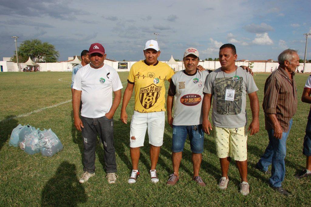 25542446_1994228737516982_3608123533639382014_o-1024x681 Com Feitosão lotado, Sítio do Meio é campeão da Copa Dr. Chico de Futebol Amador