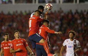 FLAMENGO-300x193 Flamengo precisará reverter placar pela 1ª vez por título da Sul-Americana