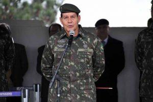 General-Mourão-diz-que-Temer-faz-balcão-de-negócios-para-governar-300x199 General Mourão diz que Temer faz 'balcão de negócios' para governar
