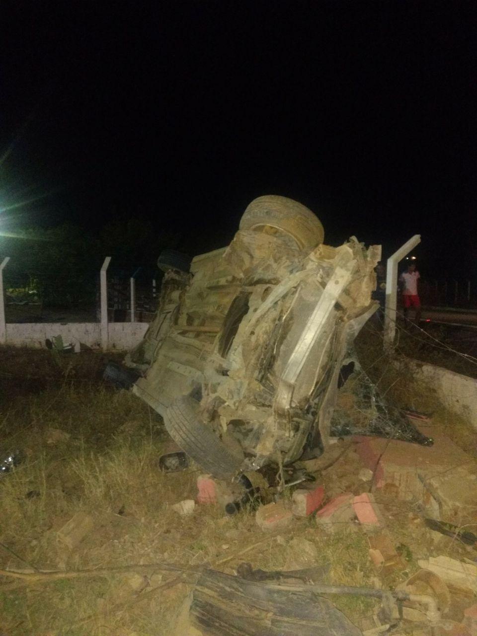acd9daef-cf8f-48c9-ab9a-2296593d6581 Acidente entre veículos é registrado na zona rural de Monteiro