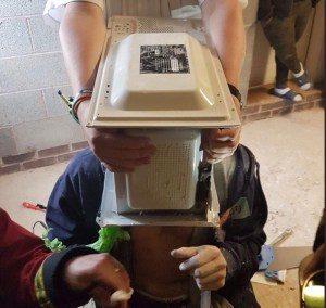 forno-300x284 Bombeiro salva youtuber que cimentou cabeça