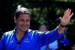 honduras-300x200 Presidente reivindica vitória e oponente quer nova eleição