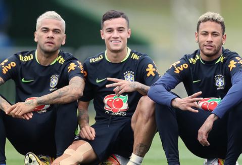 seleção-rbaisleira-300x204 Confira os grupos da Copa do Mundo 2018 Brasil encara Suíça, Costa Rica e Sérvia