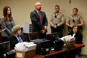 Casal-que-encarcerou-e-torturou-13-filhos-é-indiciado-na-Califórnia-300x200 Casal que encarcerou e torturou 13 filhos é indiciado na Califórnia