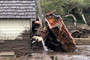 deslizamento_na_california-300x200 Deslizamentos na Califórnia deixam ao menos 15 mortos