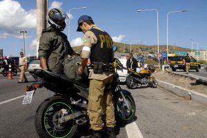 prf_foto-divulgacao-300x200 Uma pessoa morre nos 25 acidentes registrados pela PRF no réveillon