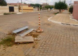 """timthumb-5-300x218 CAGEPA deixa """"bueiro"""" aberto há mais de dois meses em Monteiro"""