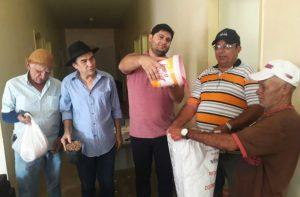 Prefeitura-de-Zabelê-realiza-300x197 Prefeitura de Zabelê realiza distribuição de sementes para agricultores