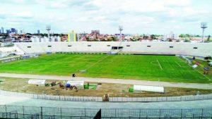 com-amigao-quase-vazio-serrano-vence-sousa--300x169 Serrano-PB e Auto Esporte abrem a oitava rodada do Paraibano