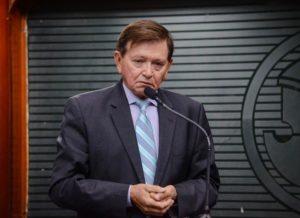 timthumb-21-1-300x218 João Henrique diz que apoiará candidato que representar a unidade das oposições