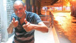 xinfochpdpict000074703187.jpg.pagespeed.ic_.l5lzyaPuov-1-300x169 Artilheiro pelo Vasco, Valdiram vira morador de rua no subúrbio do Rio