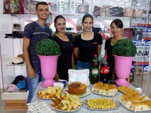 69aee983-b2bc-4b39-ae01-f4c7a2679735-300x225 Lojas OLINDINA, realiza dia especial à mulher com café da manhã e muitas promoções
