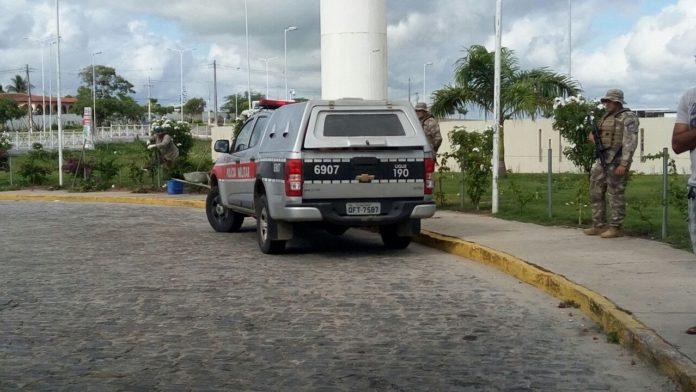 IMG-20180308-WA0000-696x392-300x169 Quatro suspeitos de explodirem Correios no Cariri são baleados em confronto com a PM